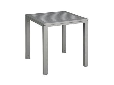 verleih tischen und stã hlen kleiner tisch aus metall mit st 195 194 188 hlen und rustikaler t 195