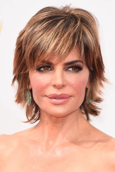 lisa rinna long layered hair lisa rinna layered razor cut short hairstyles lookbook