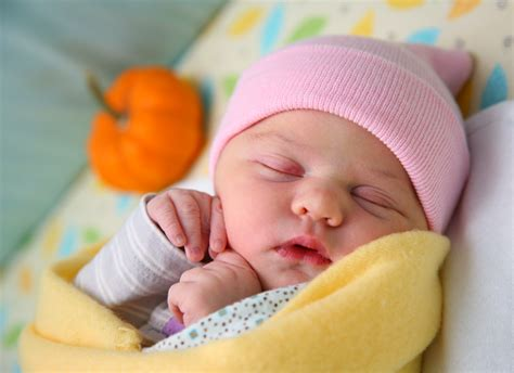 world most beautiful baby girl a bilger photography a baby girl is born indy newborn
