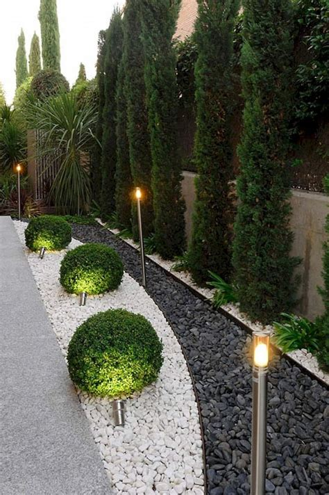 Driveway Gardens Ideas Driveway Landscaping Garden Idea Driveway Landscaping