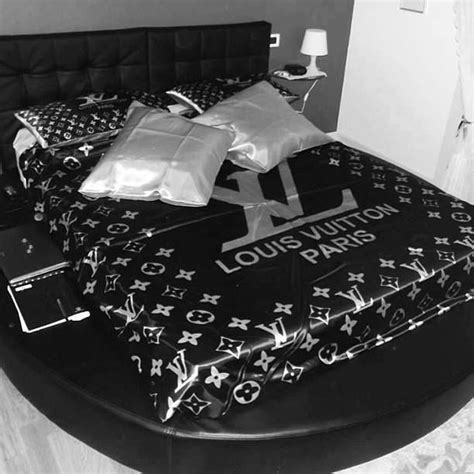 louis vuitton bedroom light luxury bedrooms pinterest louis vuitton bedding pinterest louis vuitton