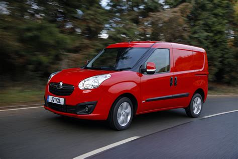 vauxhall combo vauxhall combo review auto express