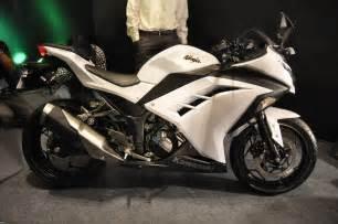 white motorbike bajaj probiking launches the kawasaki ninja 300 rs 3 50