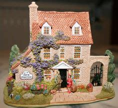 Lilliput Cottages Price Guide by Lillyput On Cottages Middle And