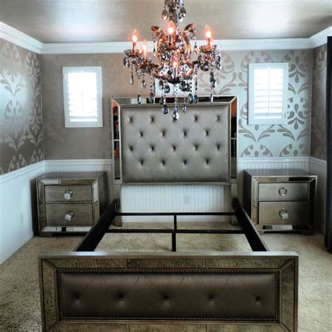 bedroom set with mirror headboard 25 best ideas about queen bedroom sets on pinterest