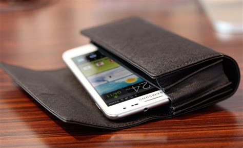 Tunewear Accord Folio 4 Pocket tunewear accordfolio pu leather carrying with pockets for iphone and smartphones
