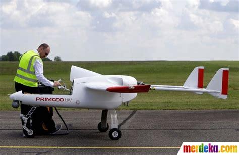 Drone Terkecil Di Dunia foto drone buatan ceko pecahkan rekor terbang paling