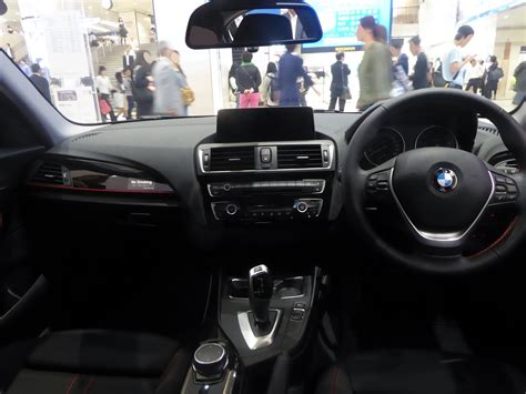 Bmw 1er F20 Wikipedia by File Bmw 120i Sport F20 Interior Jpg Wikimedia Commons