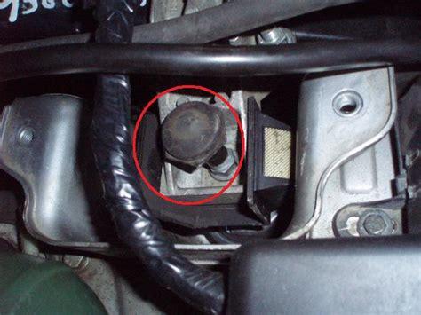 changement support moteur droit superieur