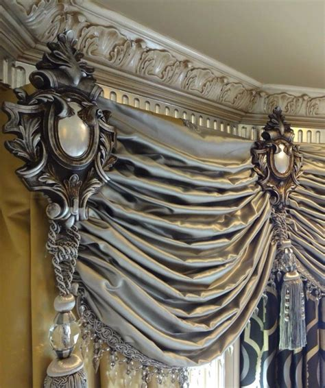 drapery crowns 25 best drapery ideas on pinterest curtain ideas