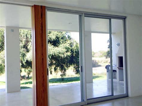 puerta con ventana puertas ventanas