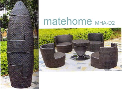 outdoor rattan table