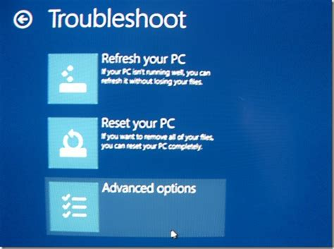 access and boot in safe mode while dual booting windows 8