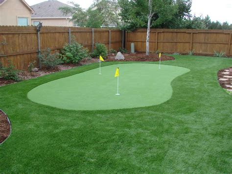 Diy Backyard Putting Green by How To Build A Putting Green Homesfeed