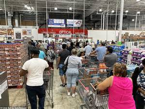 cops  called  california costco  mass panic broke    ran   toilet paper
