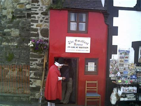 smallest house in britain file smallest house in great britain conwy quay conwy geograph org uk 10506 jpg