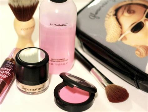 Detox Your Makeup Bag by Detox Your Makeup Bag Glitter Guide