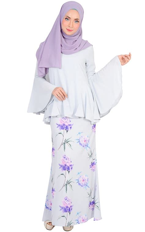 Hasna Set hasna modern baju kurung set blue willow baju kurung