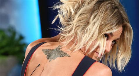 kaley cuoco tattoo kaley cuoco talks sweeting divorce shows new