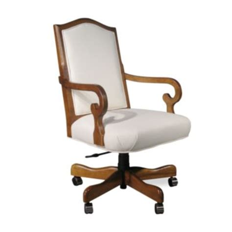 a slipcover for my office chair beneath my