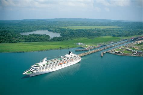 Photo Panama Canal by Panama Tourist Destinations