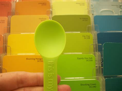 how to match colors paint colors that go with green picking the right paint
