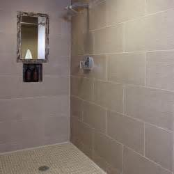 badezimmer fliesen taupe infusion colorbody porcelain tile american olean you can t really tell by the photo