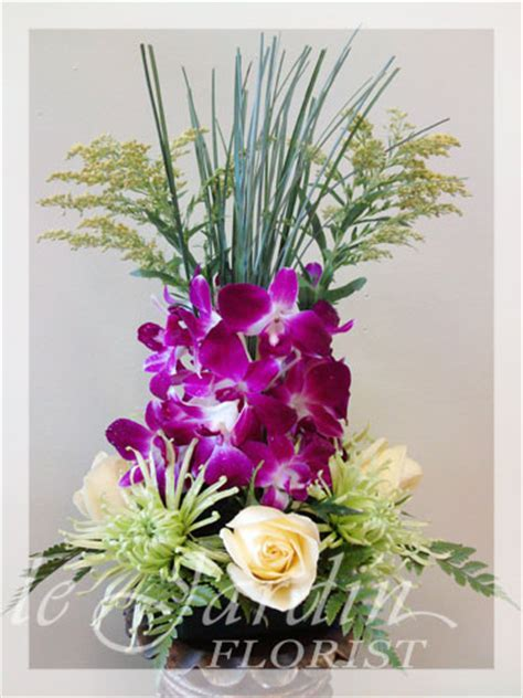 flower shop palm gardens vesuvio flower arrangement le jardin florist
