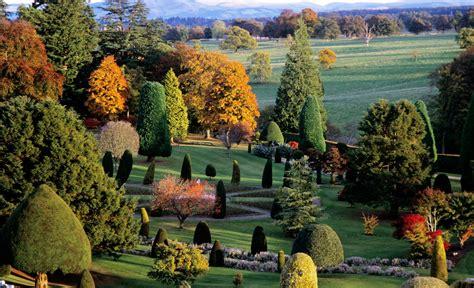 giardini terrazzati immagini castelli e giardini della scozia fiori forchette