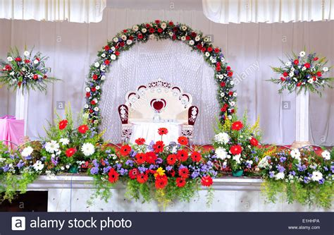 indian wedding flower decoration photos wedding stage decoration with flowers in hindu christian marriage stock photo 69843266 alamy