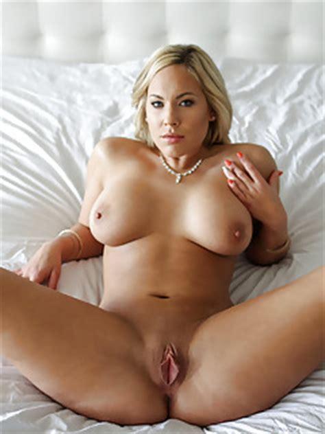 Free Milf Sex Mature Milfs Porn Hot Milf Pictures