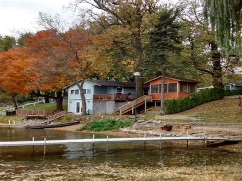 Maple Lake Cottage waters edge maple lake cabin 1 hour from cities