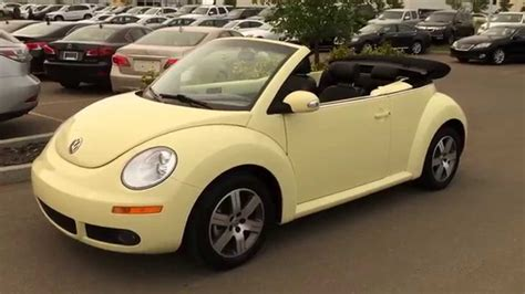 convertible volkswagen 2006 pre owned yellow 2006 volkswagen new beetle convertible