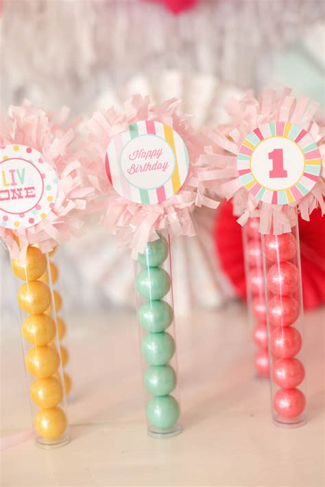 1st Birthday Giveaways - one is fun birthday party project nursery