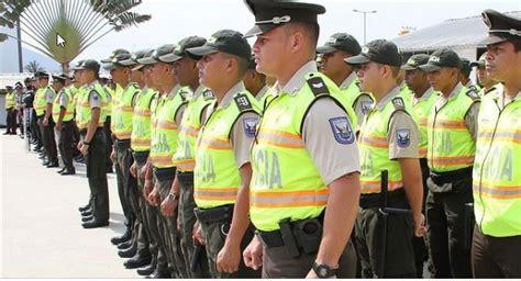 baja de sueldos policias ecuador 2016 polic 237 a libera a tres personas secuestradas en guayaquil