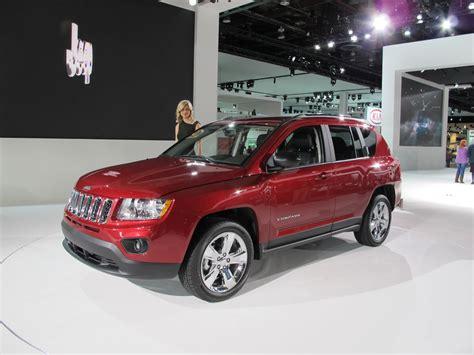 compass jeep 2012 el jeep compass 2012 se ofrece con estas opciones de motor