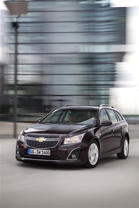 chevrolet cruze station wagon images photo chevy