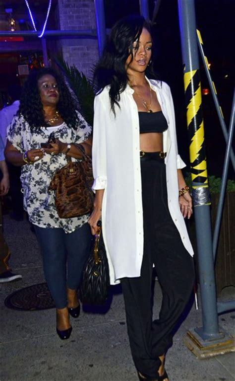 rihanna and her mom rihanna and monica braithwaite photos photos rihanna