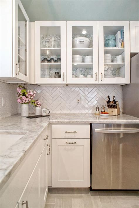 white glass kitchen cabinets best 25 glass cabinet doors ideas on pinterest glass