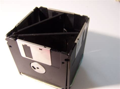 recicle floppies     holder