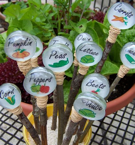 Vegetable Garden Stakes Your Garden With These Adorable Diy Plant Markers
