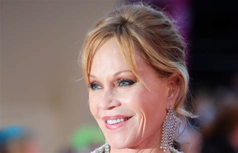 Best Computer Desk by Melanie Griffith Wallpapers Images Photos Pictures Backgrounds