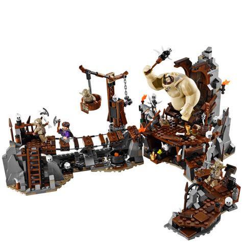 Toys Lego The Hobbit The Battle Of The Five Armies 79020 lego the hobbit the goblin king battle 79010 toys zavvi