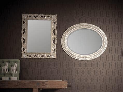 cornici in pasta di legno specchiere in legno e pasta di legno