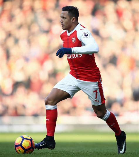Alexis Sanchez Arsenal Contract | alexis sanchez robert pires says arsenal star unsure over
