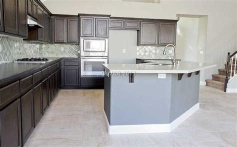 flipping houses in las vegas flipping vegas kitchens kitchen 2 colors of custom