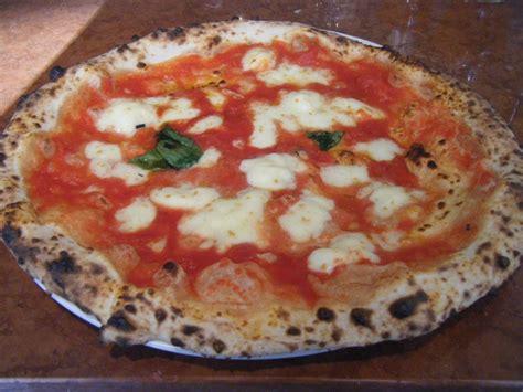 pizza artesana franco manca franco manca w4 restaurant review 2013 june london pizza cuisine food guide andy hayler