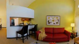 Living Room Restaurant Boynton Fl Book Courtyard By Marriott Boynton Boynton