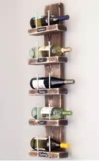 wine rack hablando de vinos