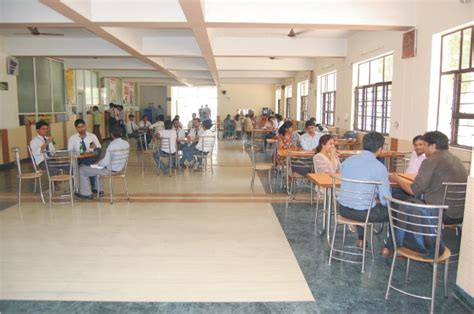 Gannon Mba Fees by Babu Banarsi Das Institute Of Technology Ghaziabad Babu